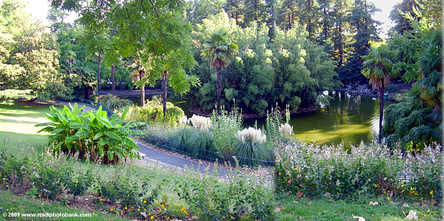 Lake in the Poets garden, Beziers